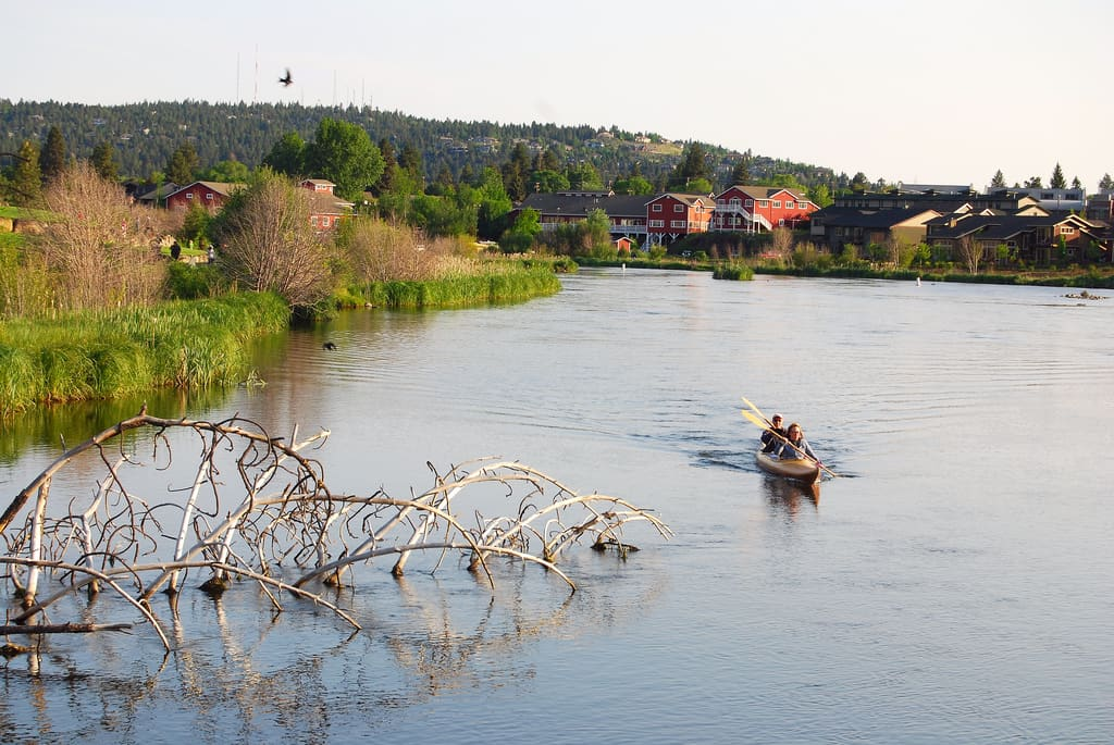 Kayaking on the Deschutes River when visiting Bend, Oregon (Old Mill District)